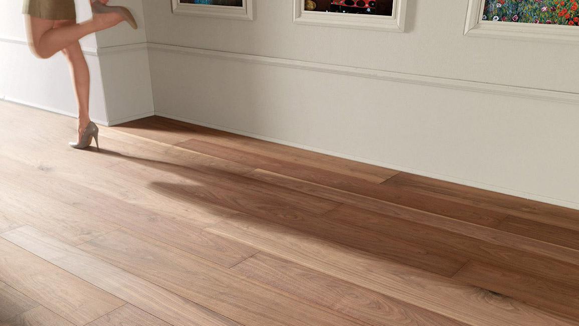 Lury China LVT FlooringLuxury Vinyl TileLuxury Vinyl Plank - Durability of vinyl wood plank flooring